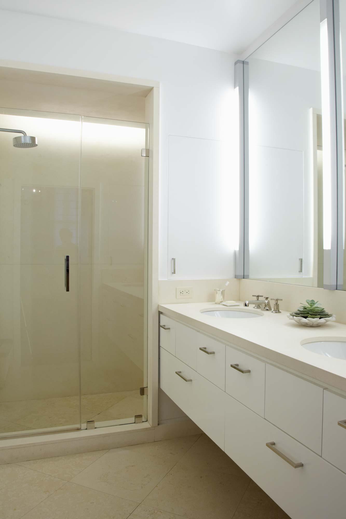 brooke moorhead design tribeca loft bathroom