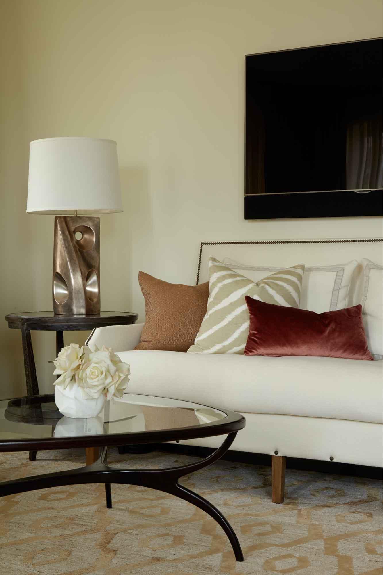brooke moorhead design tribeca chic living room detail
