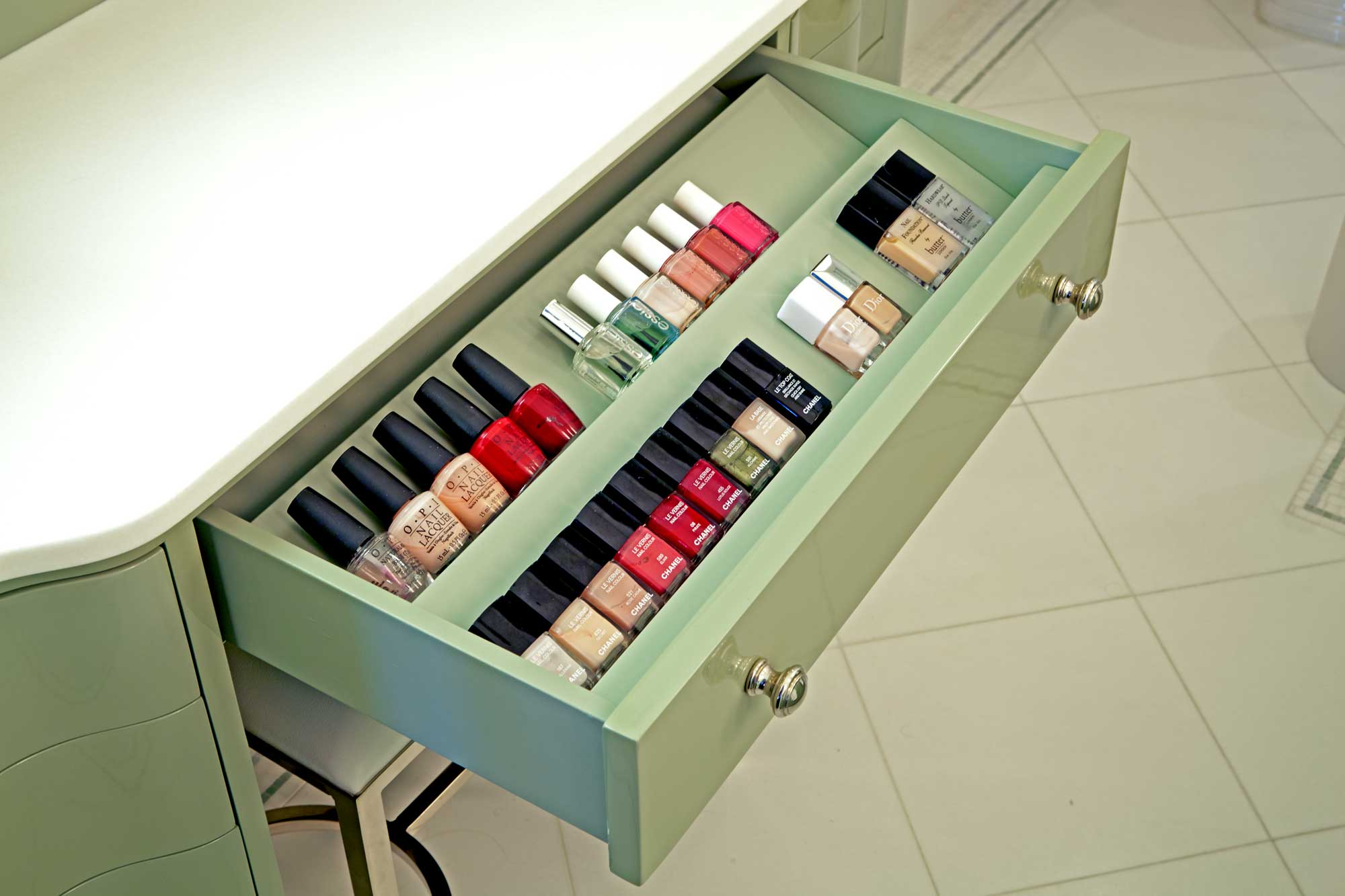 brooke moorhead design 5th avenue classic nail polish drawer